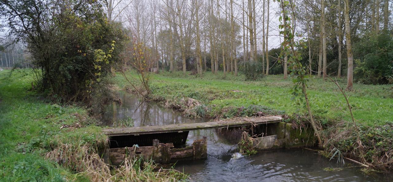 un autre canal